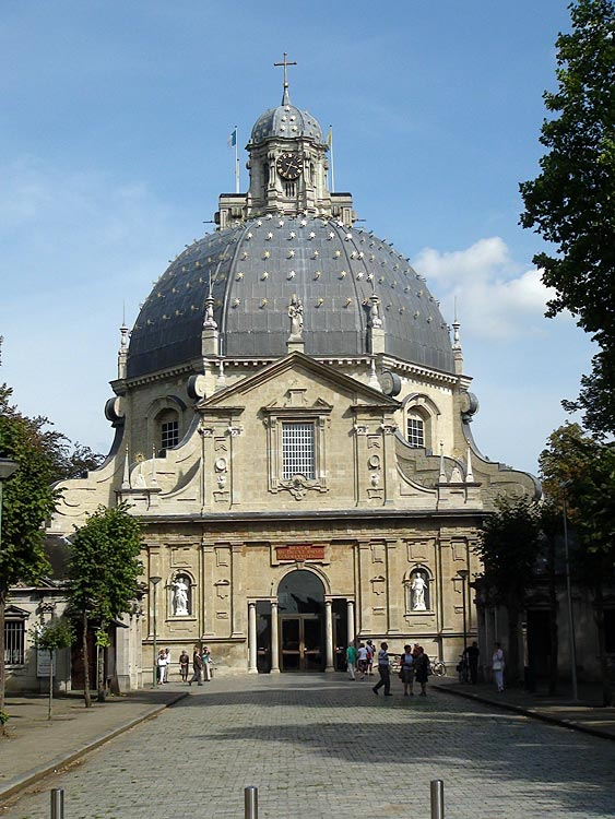 Basilica of Our Lady of Scherpenheuvel, close to the city of Diest.
